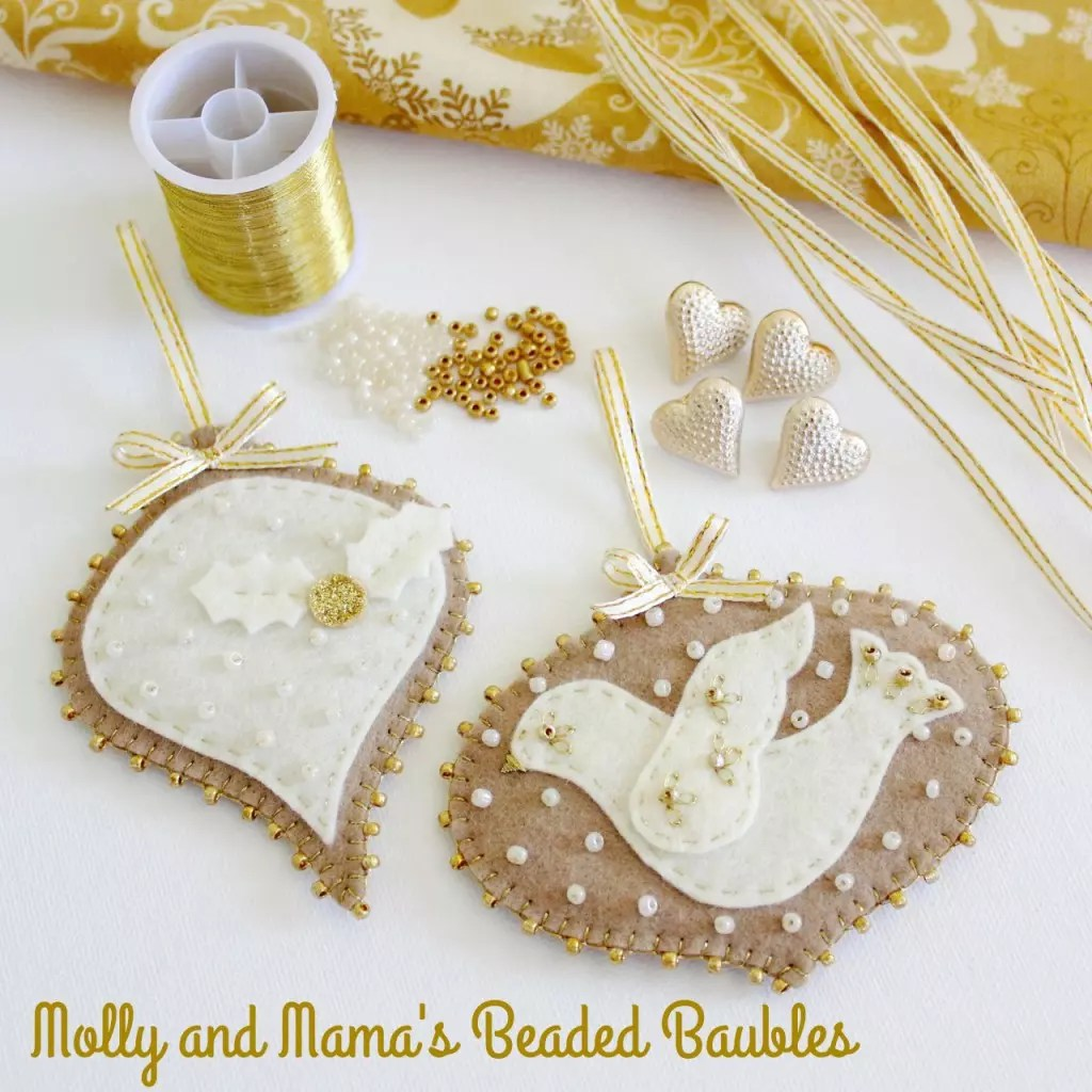 Beaded Baubles Christmas Pattern
