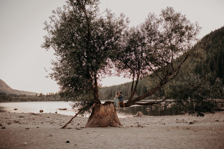 photo of couple in tree at Rattlesnake Lake