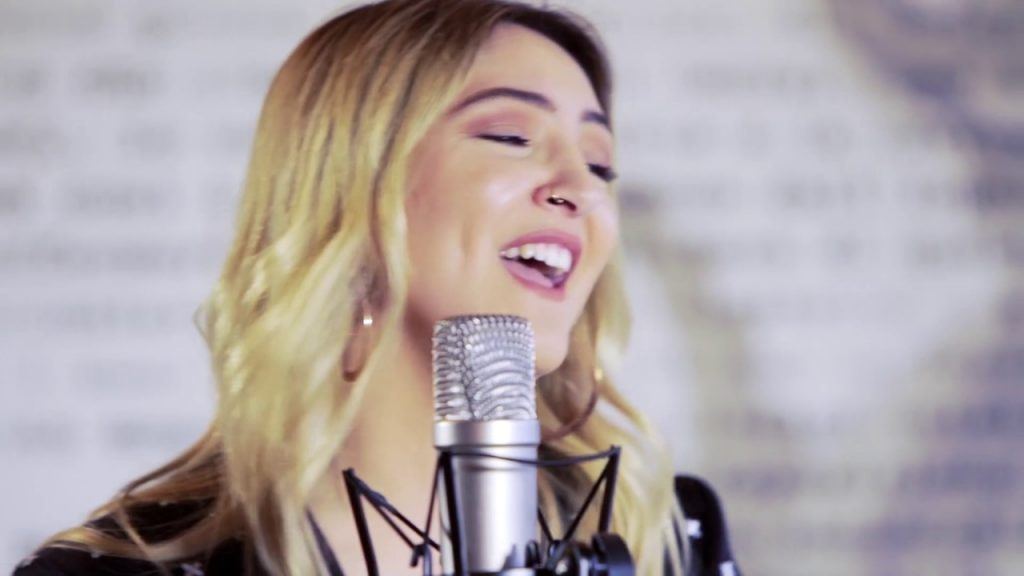Hard Songs to Sing: Issues, by Julia Michaels