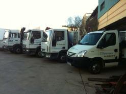 Flota camiones grúa