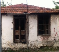 Kicking around the back streets of our final destination: Fethiye. I think run down buildings are rather beautiful