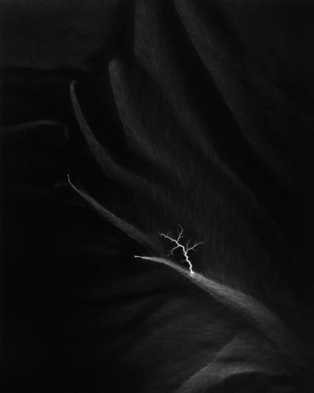 (杉本博司 《闪电原野(Lightning Fields)》系列,2006~2010)