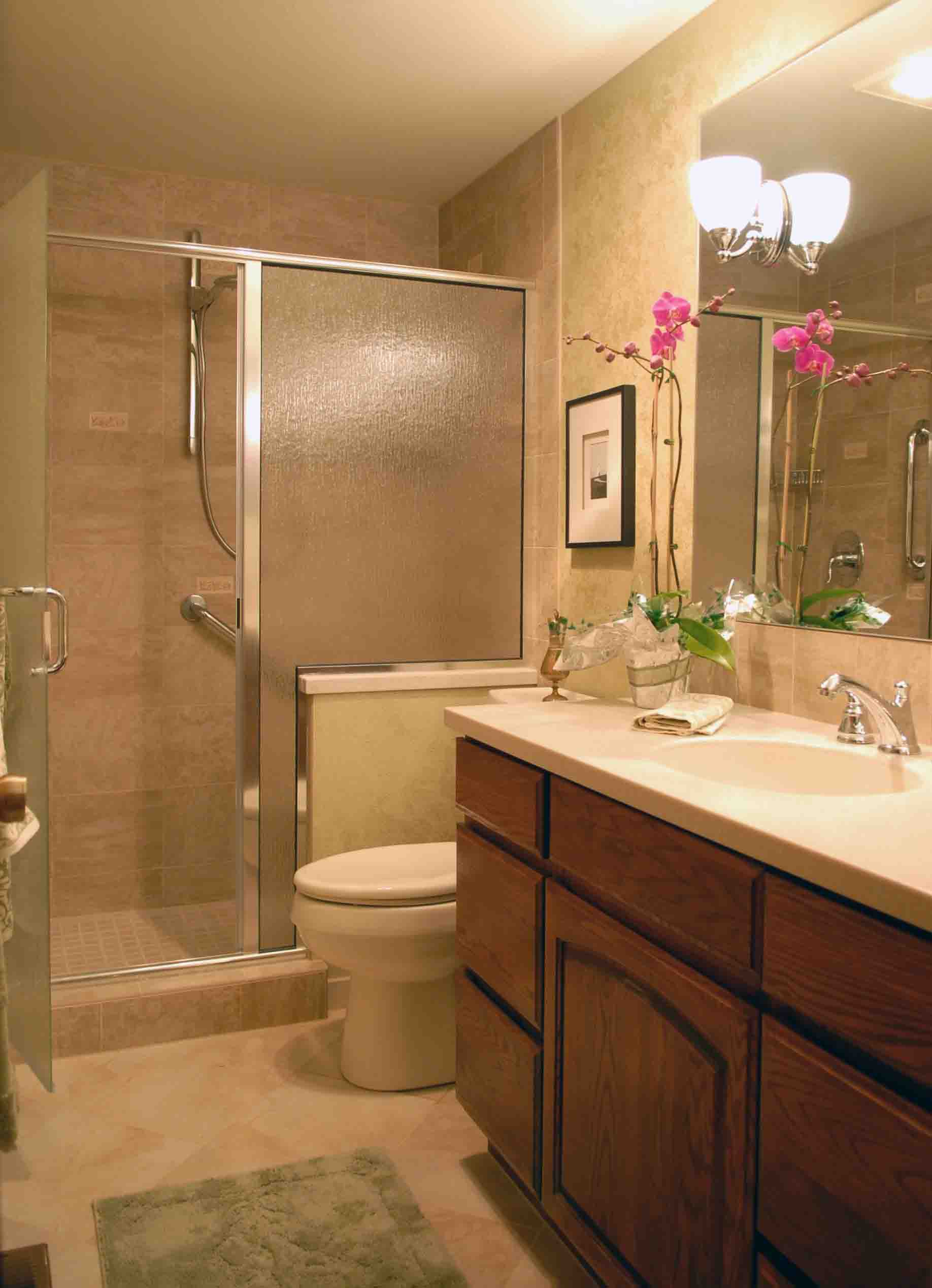 intercontinent Gorgeous Bathroom Decor to make your ... on Modern:5O8Dgixth9O= Small Bathroom Design  id=69085