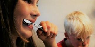 Children's oral health hygiene routine