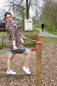 (Mom) Outfit : zo draag je de leopard dress Momambition.nl