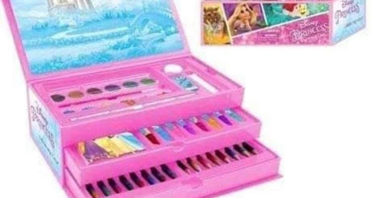 Disney Official Princess 52 Piece Art Case NEW