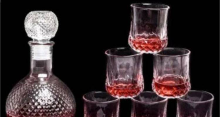 Whisky Wine Decanter (750ml) With Set Of 6 Glasses