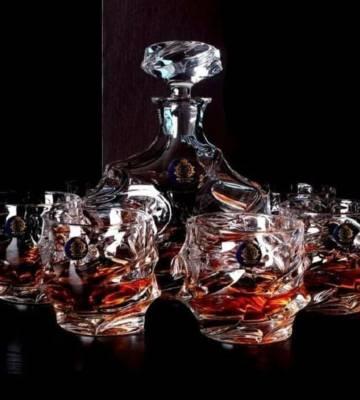 Decanter size 800ml + 6 x 350 ml whisky glasses