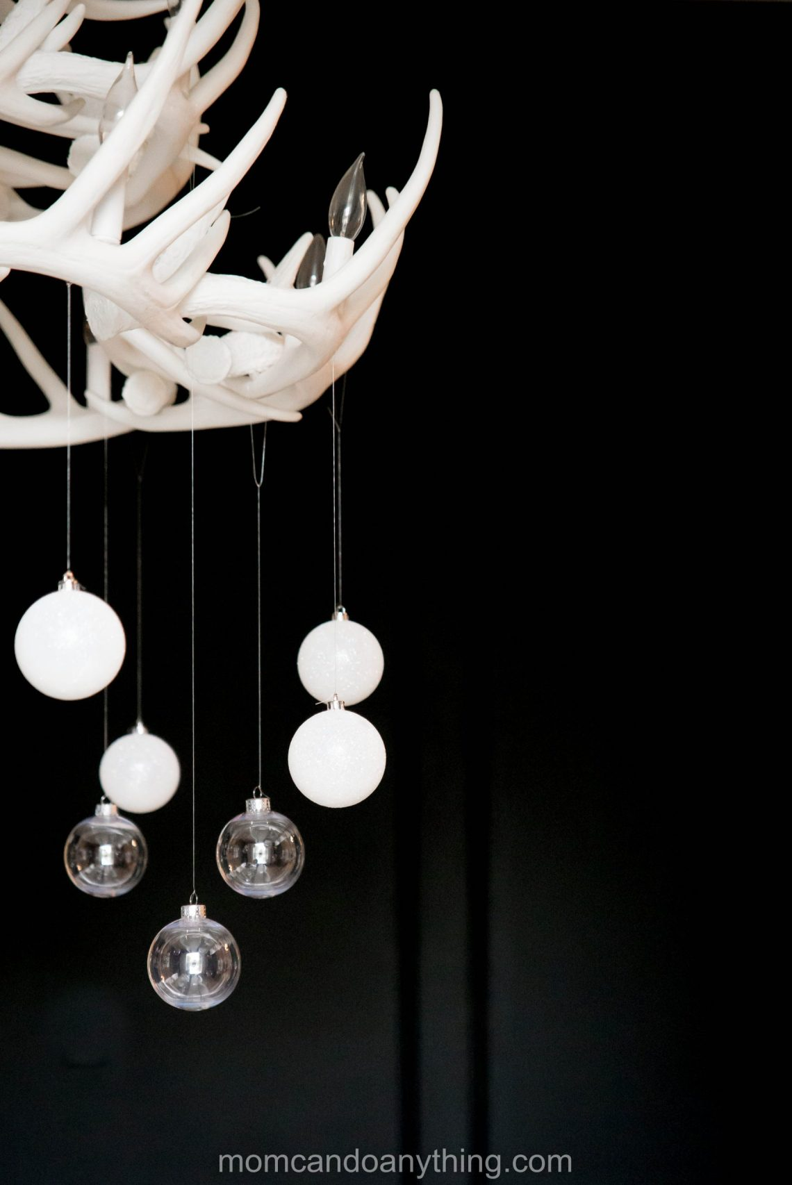 Christmas Chandelier Decoration Ideas_Mom Can Do Anything (5 of 7)