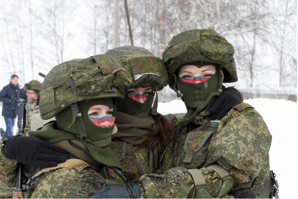 ロシア軍女性兵士 綺麗