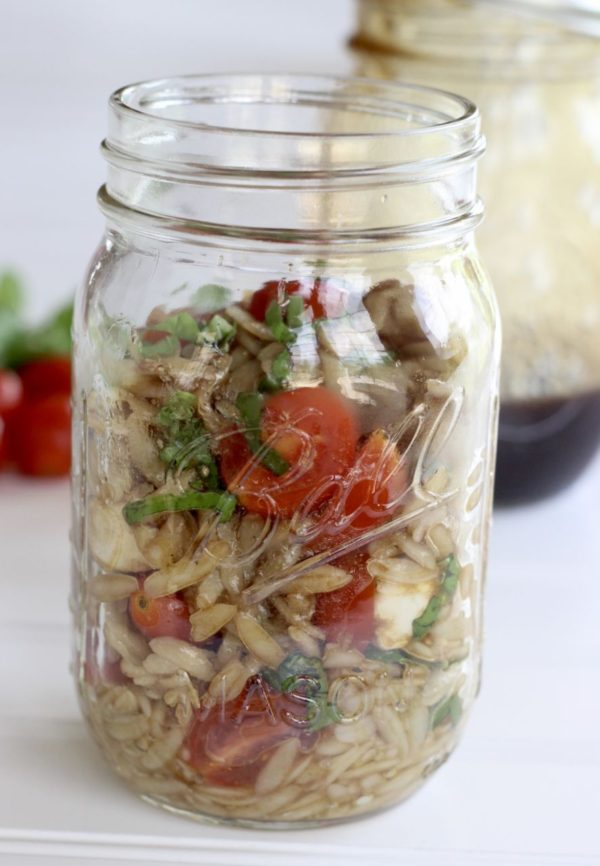 Mason Jar Orzo Caprese salad