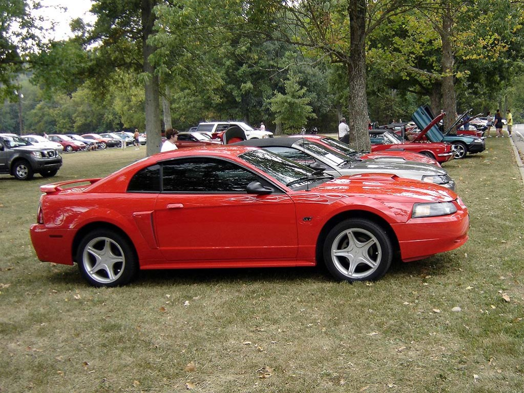 2001 Ford Mustang - Information and photos - MOMENTcar