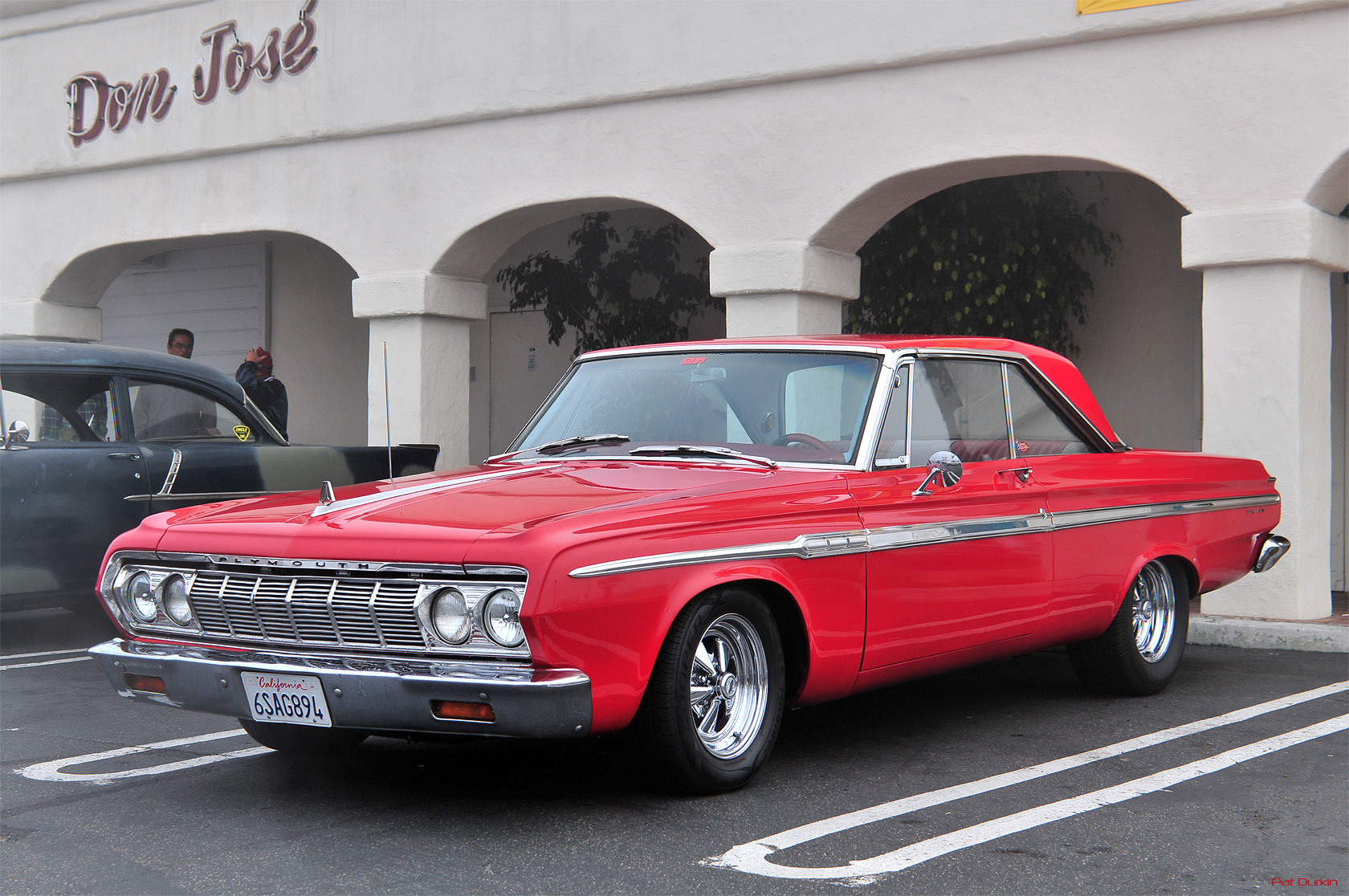 1964 Plymouth Fury   Information and photos   MOMENTcar Plymouth Fury 1964  4 Plymouth Fury 1964  4
