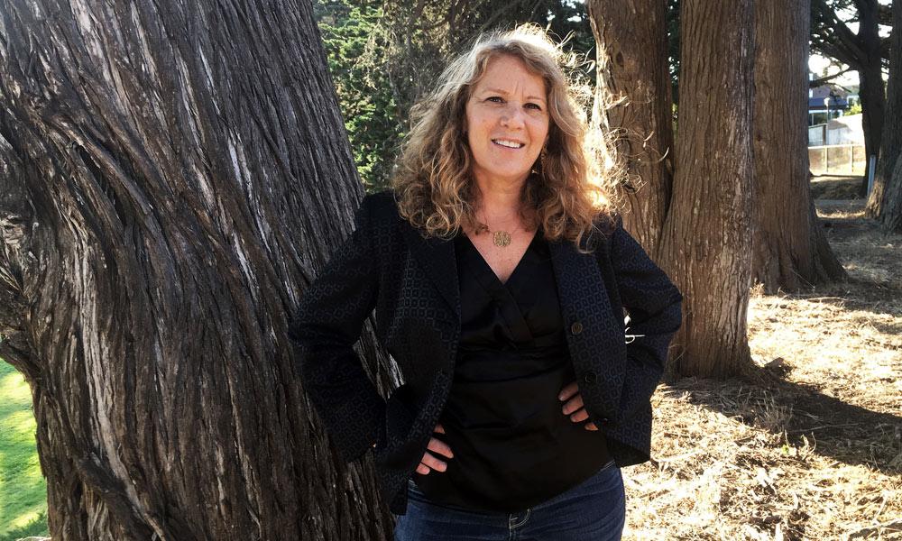 Debbie Findling