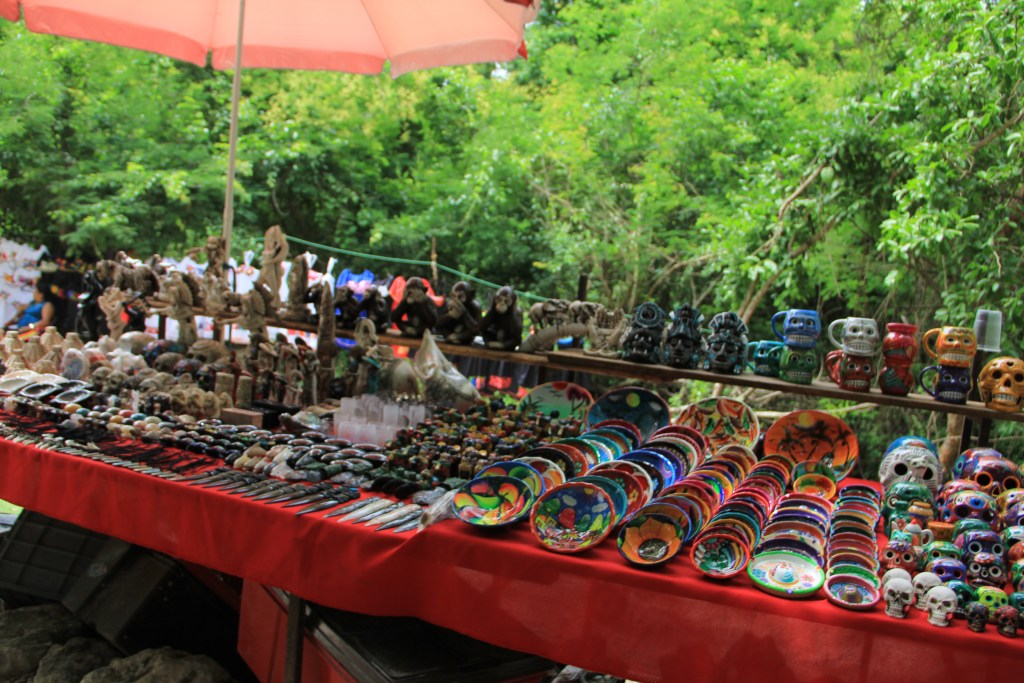 souvenirs for sale at chichen itza