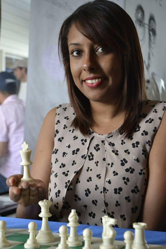 Patricia Castillo, Candidata a Maestra