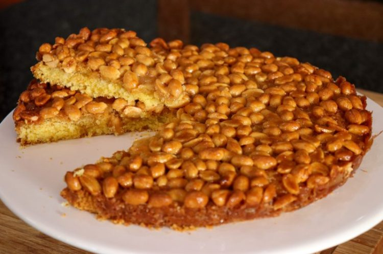 Tarte de Amendoim Caramelizada