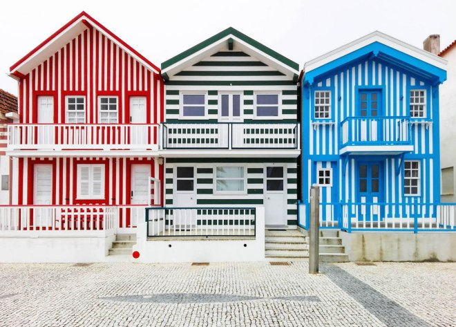 Costa Nova-colorful houses-portugal-momentsofyugen