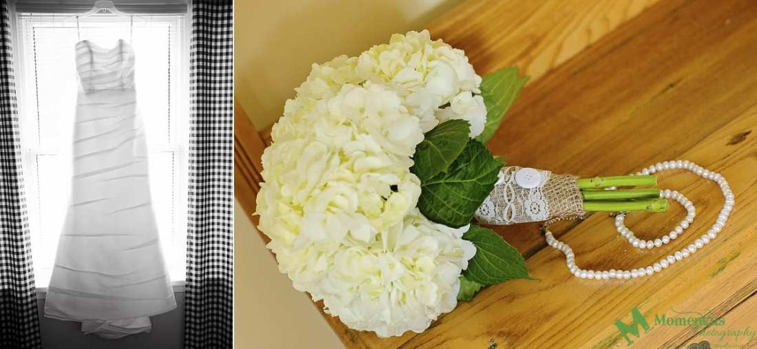 rustic country wedding photos - burlap and lace bouquet wrap