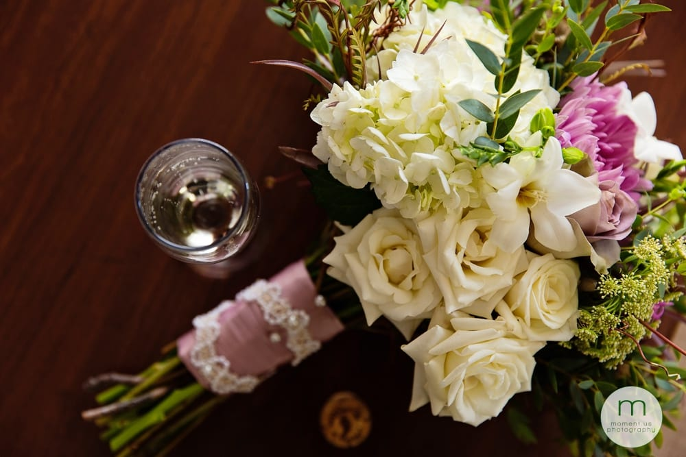 bouquet with champagne flute