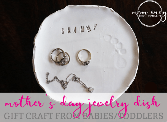 Mother's Day Crafts Round -up From Mom Envy - Mom Envy Jewelry Dish