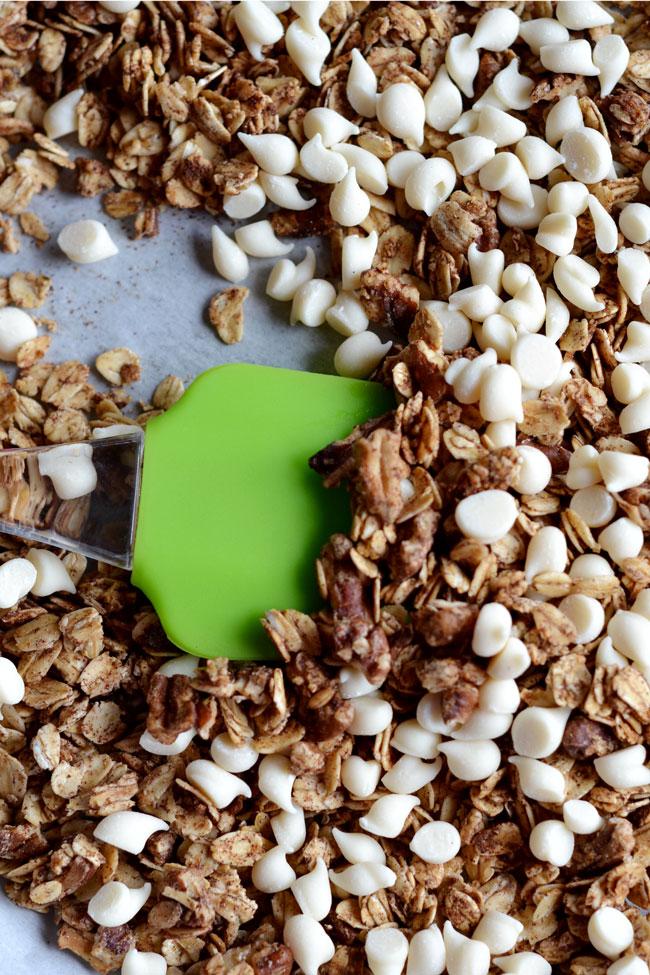 Cinnamon-Roll-Granola-Long Simple Hacks Living