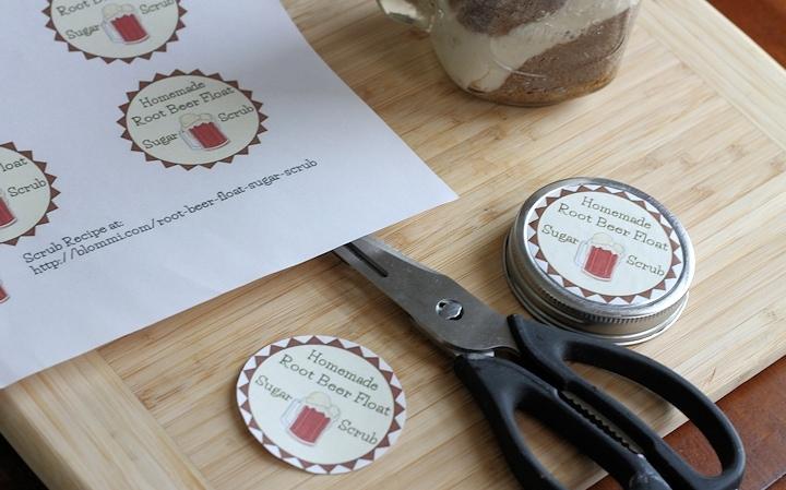 making labels for root beer float sugar scrub