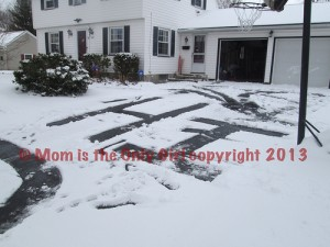 Winter Letters - practice letters outdoors! at https://momistheonlygirl.com