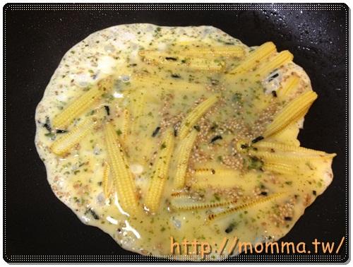 [P家廚房]金黃玉米筍+洋蔥炒百菇+鯛魚薑湯 7