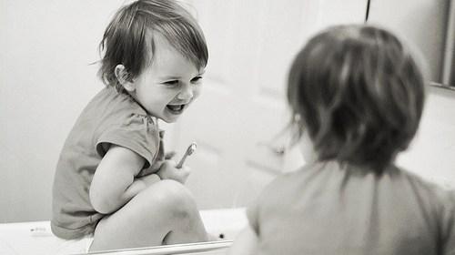 幫助寶寶清潔、保護牙齒的方法 1