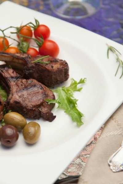 4-Ingredient Quick and Easy Lamb Chops