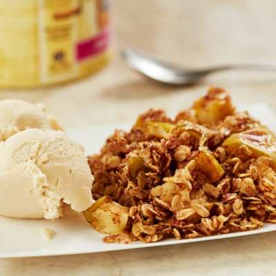 Simple and Delicious Apple Crumble
