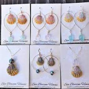 Sea Blossom Hawaii Shell jewelry