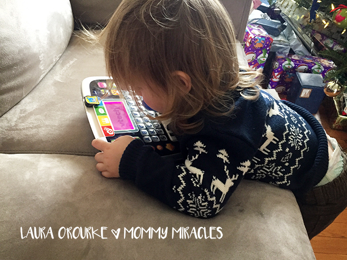 The Worst Christmas Present Ever: Giving Electronics for Christmas Gifts | Mommy-Miracles.com