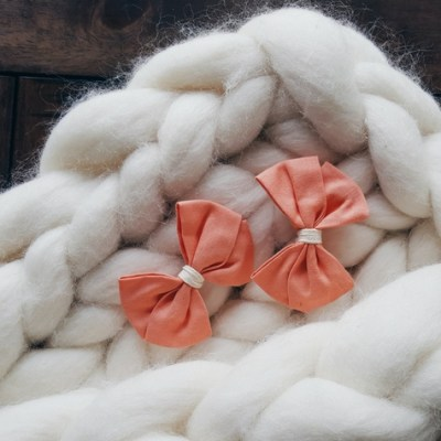 Friday Favorites: Boutiques and Bows