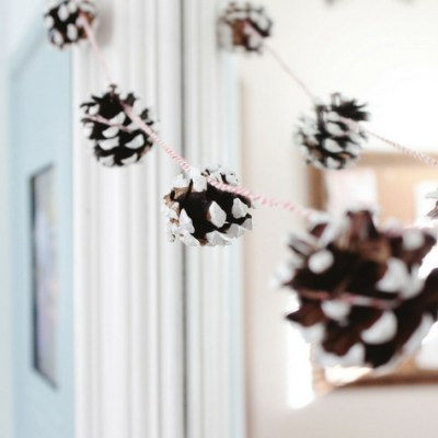 How We're Decorating for the Holidays on a Zero Dollar Budget