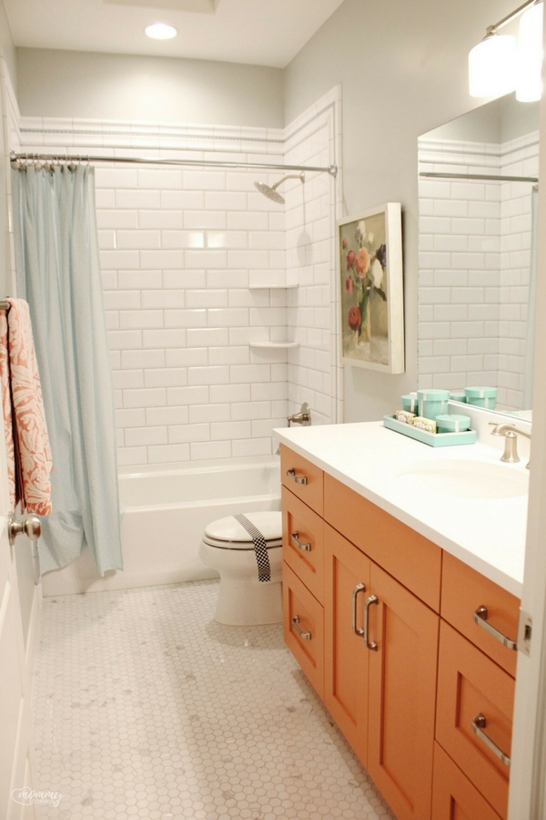 Peach cabinets. Unique bath ideas. Parade of homes 2017 tour. Young mom's look at the st george parade of homes. 2017 Parade of homes.