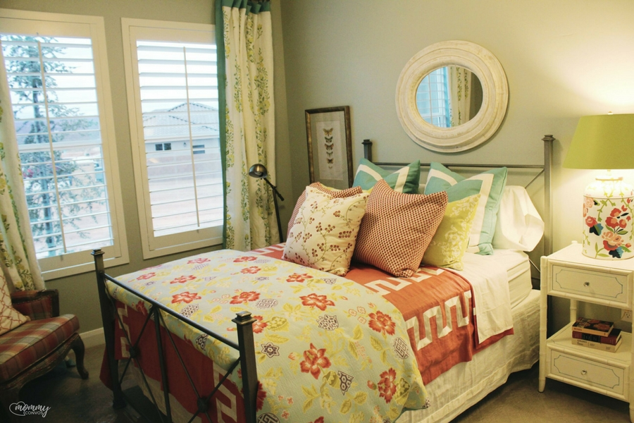 cozy bedroom decor. Parade of homes 2017 tour. Young mom's look at the st george parade of homes. 2017 Parade of homes.