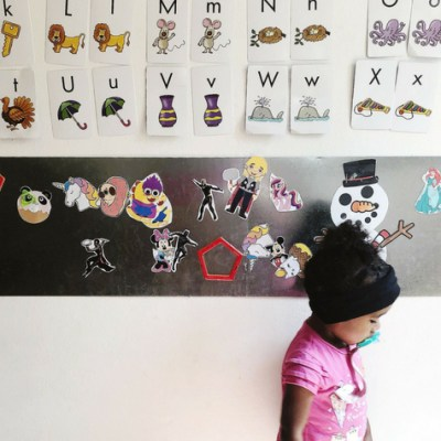 DIY Easy Playtime Magnet Board