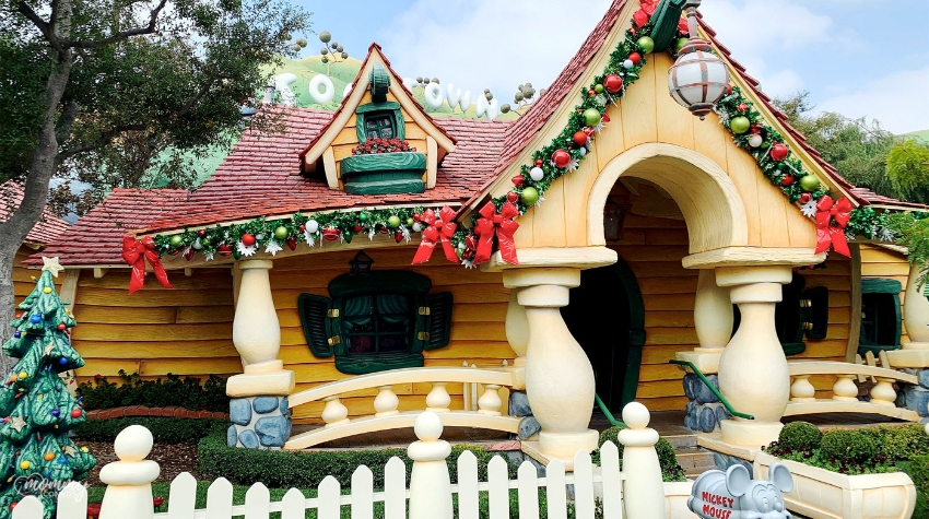 Mom's Guide to Enjoying a Toddler in Disneyland's Toon-Town