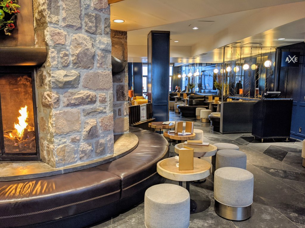 axe-lounge-tremblant