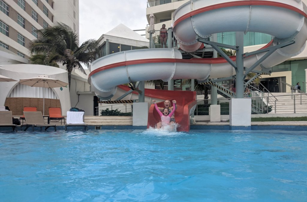 All-inclusive-resorts-for-families-in Cancun