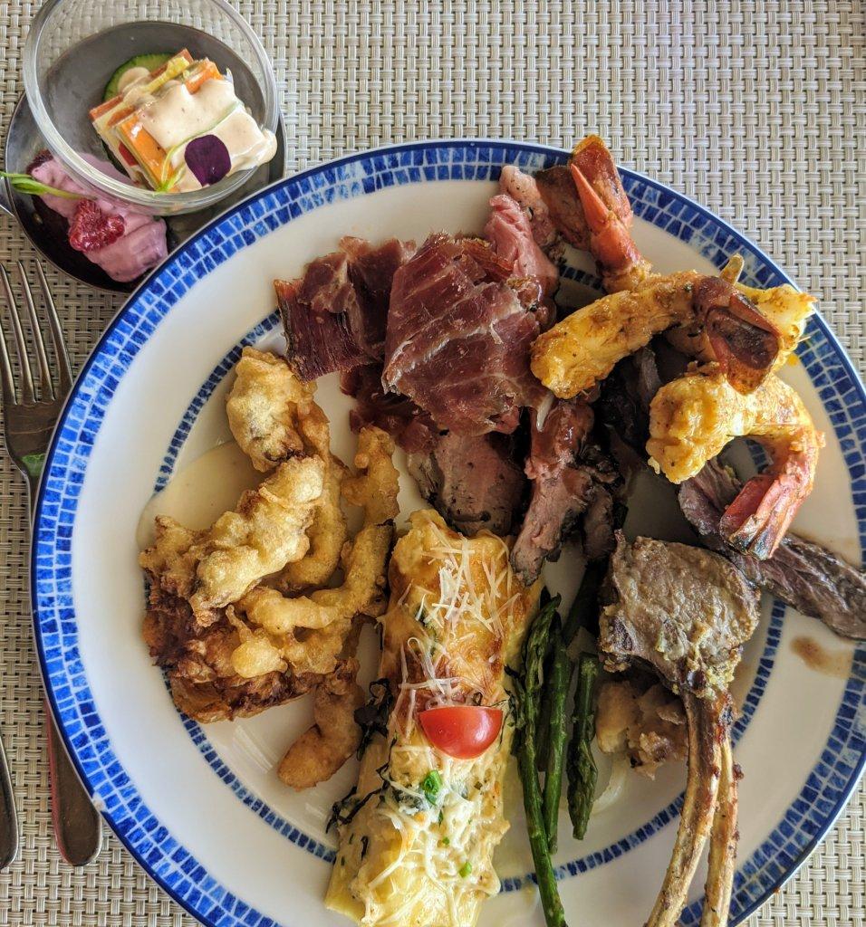 grand-velas-riviera-maya-lunch