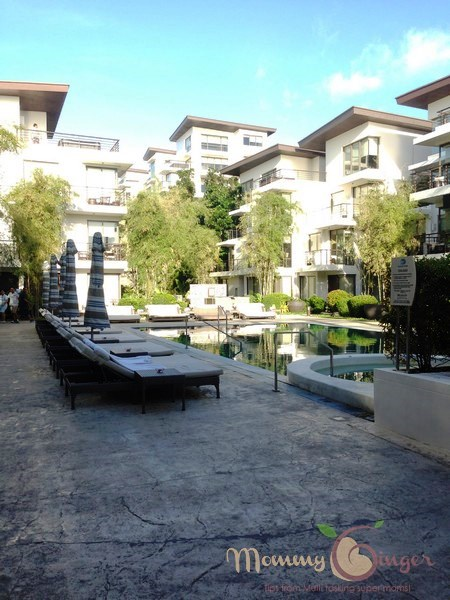 Discovery Shores Boracay: View while standing at the pool area