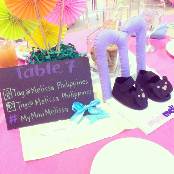 Cute table decoration!