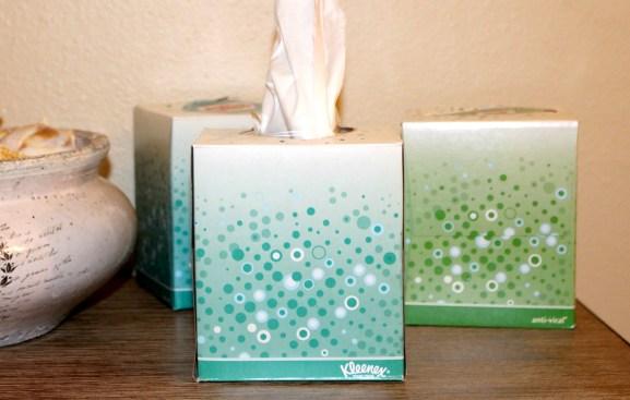 Cold-season-supplies-Kleenex Anti-Viral