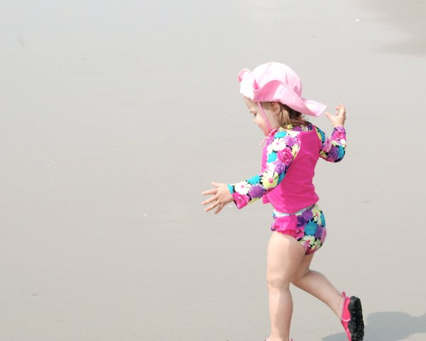 Just one more of Addison running, because she is just the cutest runner ever!