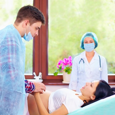 How To Help A Woman In Labor? Here's One Easy Tip!