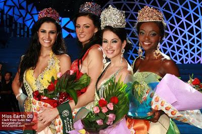 Karla Paula is crowned Miss Earth 2008