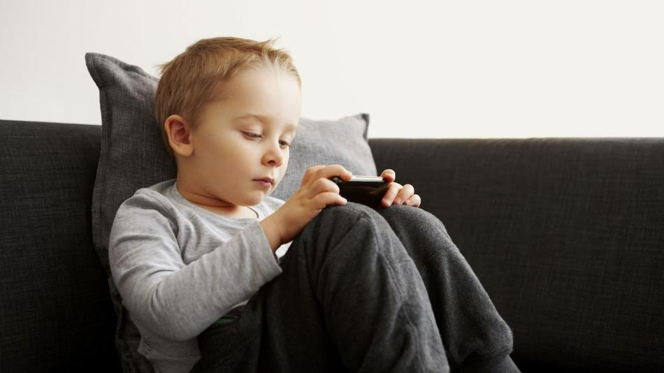 Underage kids use adult dating apps beware